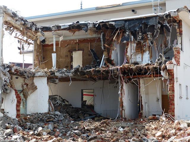 demolition-167737_640.jpg
