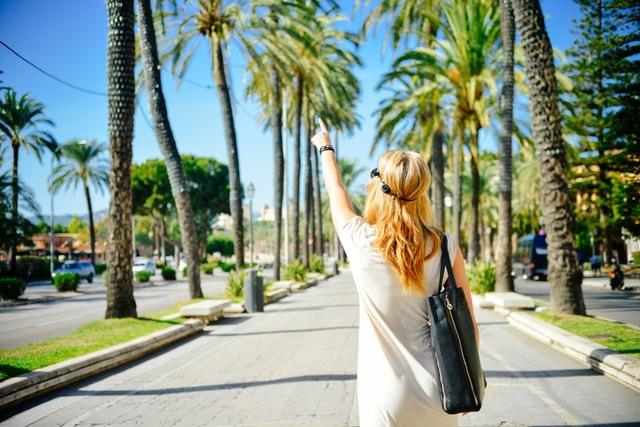 person-holiday-vacation-woman.jpg