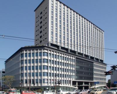 Kagoshima_Chuo_Terminal_buildings.jpg