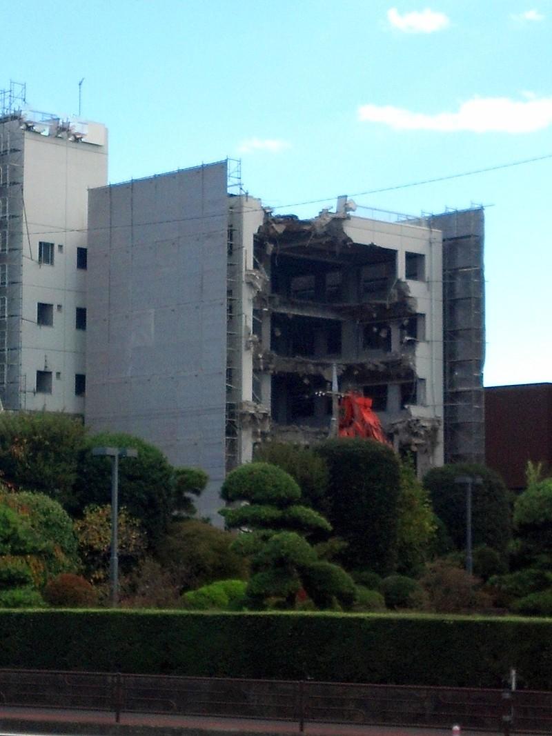 yosh0123-building.jpg