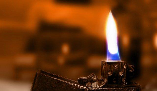 flame-3387997_640.jpg