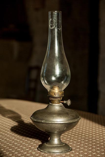 lighting-1822290_640.jpg